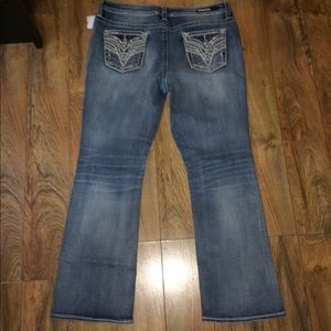 Gorgeous Vigoss Heritage Fit Jeans, NWT